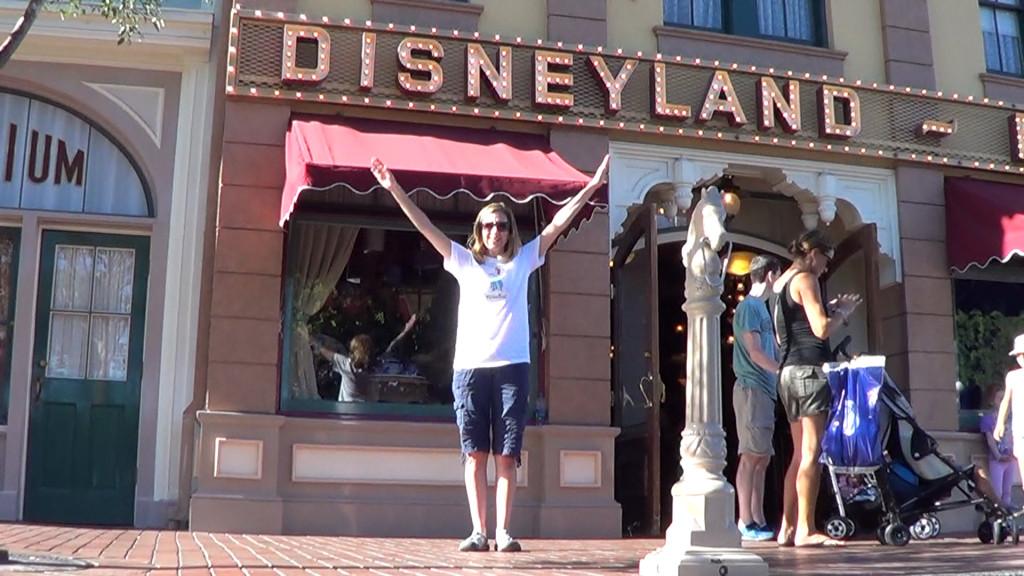 Disneyland Dance 01